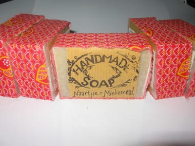 old naartjie mieliemeal soap packaging